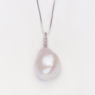 collana donna oro bianco perla acqua dolce barocca e diamanti