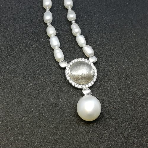 Kikilia Fashion è la collezione di gioielli in argento 925 e perle fresh water di Genesia